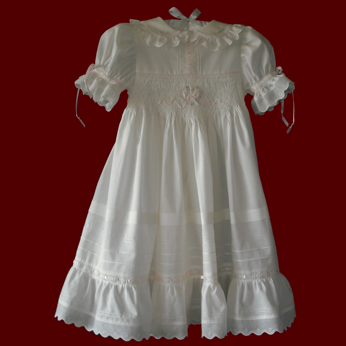 Thank you for shopping Children's Cottage for all of your children's clothing needs. You'll find dresses and outfits for all occasions including birthday clothing and outfits, birthday hats, custom Mickey and Minnie Mouse and princesses outfits, smocked dresses and outfits, heirloom dresses & outfits for flower girls, ring bearers, Christenings, portraits, first communions, Easter and other.