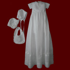 Click to Enlarge Picture - Irish Linen Romper With Detachable Boy & Girl Bibs & Gown With Shamrock Border