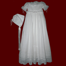 Click to Enlarge Picture - Irish Linen Gown With Cross & Heart Cotton Lace