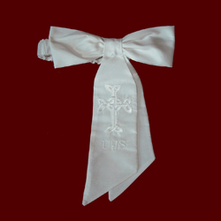 Click to Enlarge Picture - White Silk Boys Communion Armband With Celtic Cross
